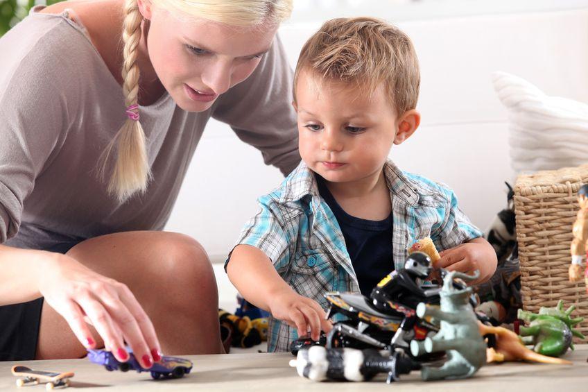 Baby-sitter pour garder vos enfants avec Les Enfants d'Abord